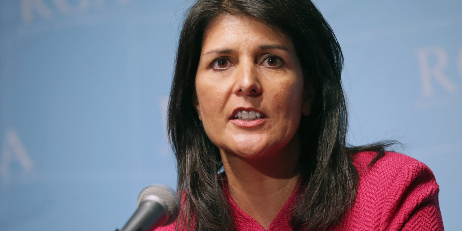 nikki haley shows the gop how to handle race