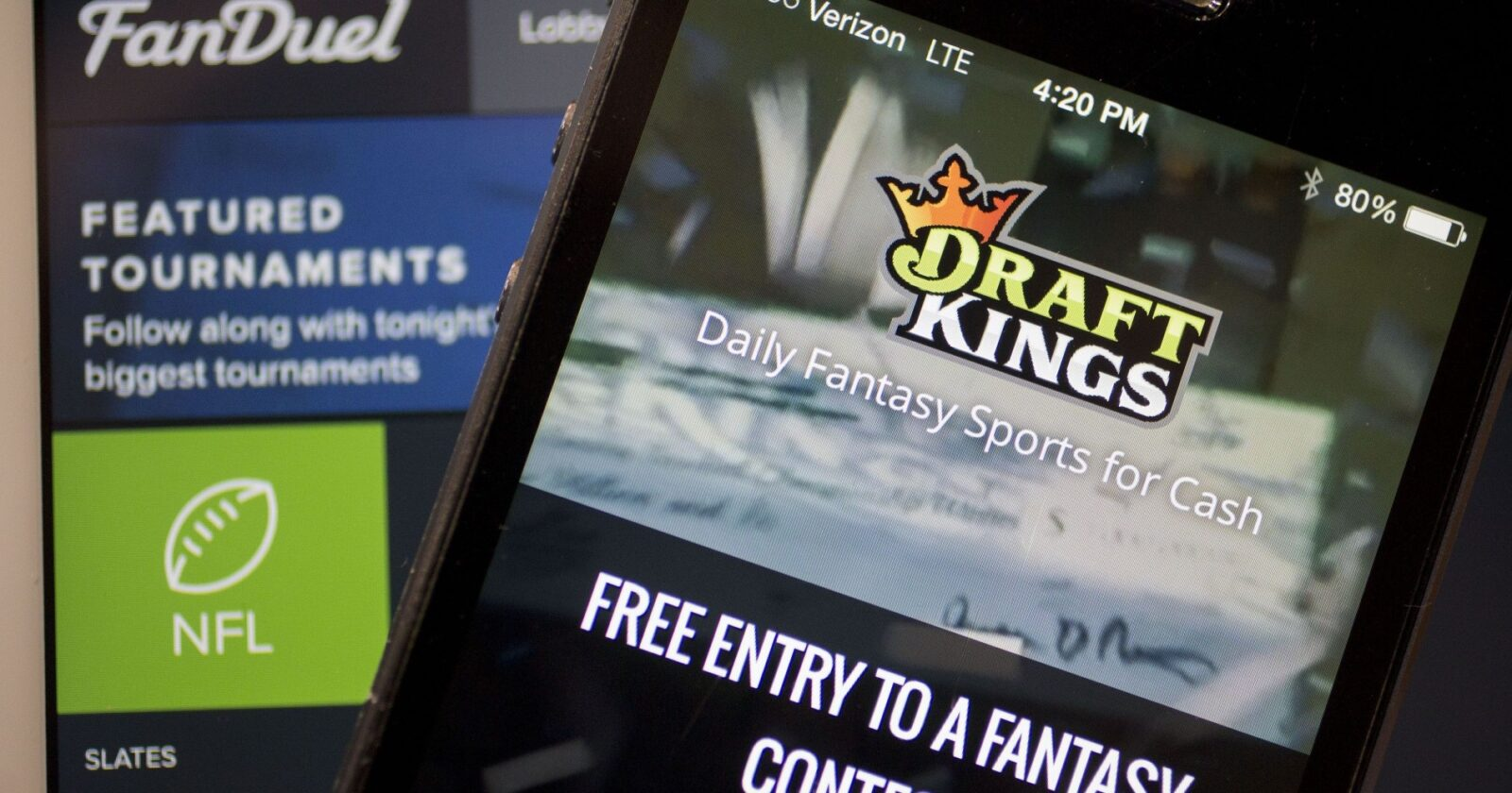 FanDuels and DraftKings: How Is That Not Gambling?